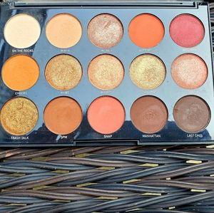 MORPHE 15 pan eyeshadow palette